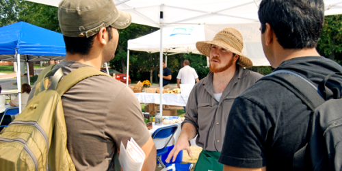 Farmer's market offers fresh bite at Quinnipiac