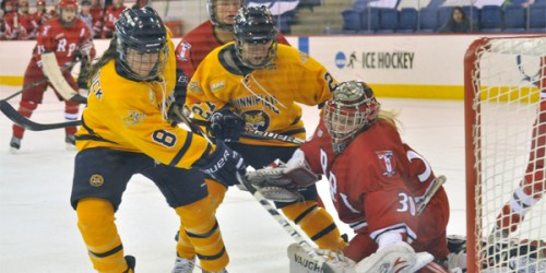 Babstock nets hat trick, Quinnipiac women's ice hockey wins