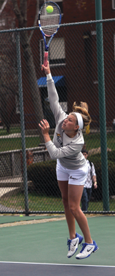 Tennis teams fall in conference tournament