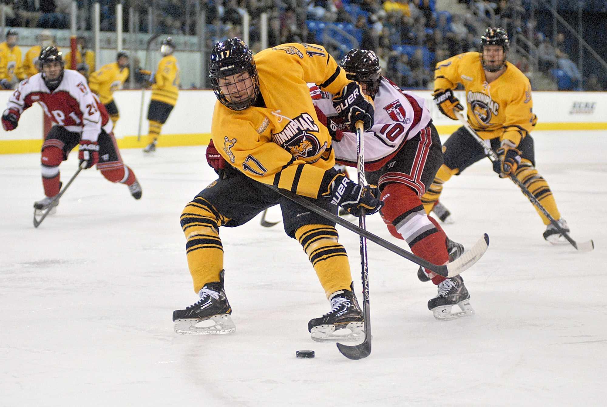 Men's ice hockey moves up to No. 1