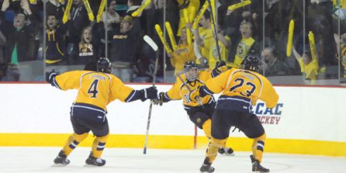 Unlikely heroes lead men's ice hockey to ECAC semifinals