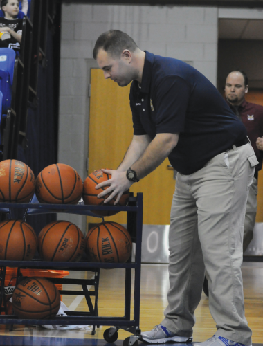 Equipment manager reflects on career, Quinnipiac