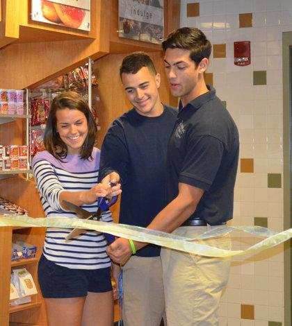 York Hill convenience store celebrates opening