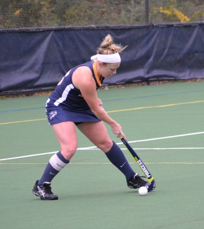 Field hockey downs first-place Sacred Heart