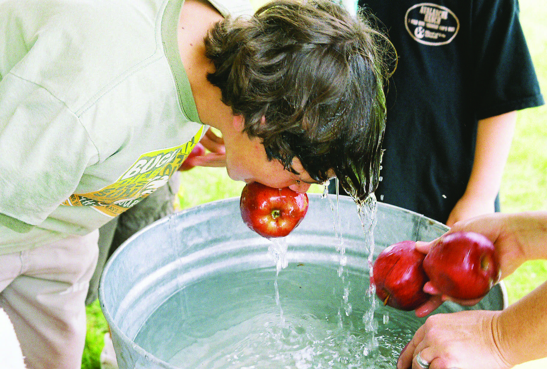 Wreck: bobbing for apples--how about no?