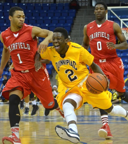Men's basketball falls to Fairfield in OT