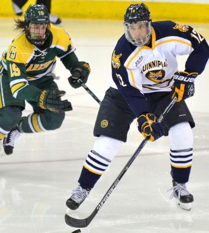 Men's ice hockey downs Clarkson