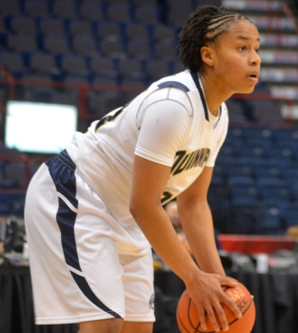 Women's basketball topples Siena in MAAC Semifinals