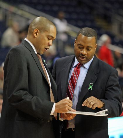Men's basketball to add Tony Newsom to staff
