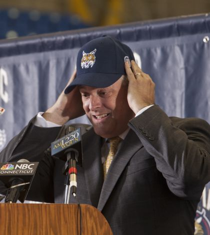 Amodio looks to build winning brand at Quinnipiac
