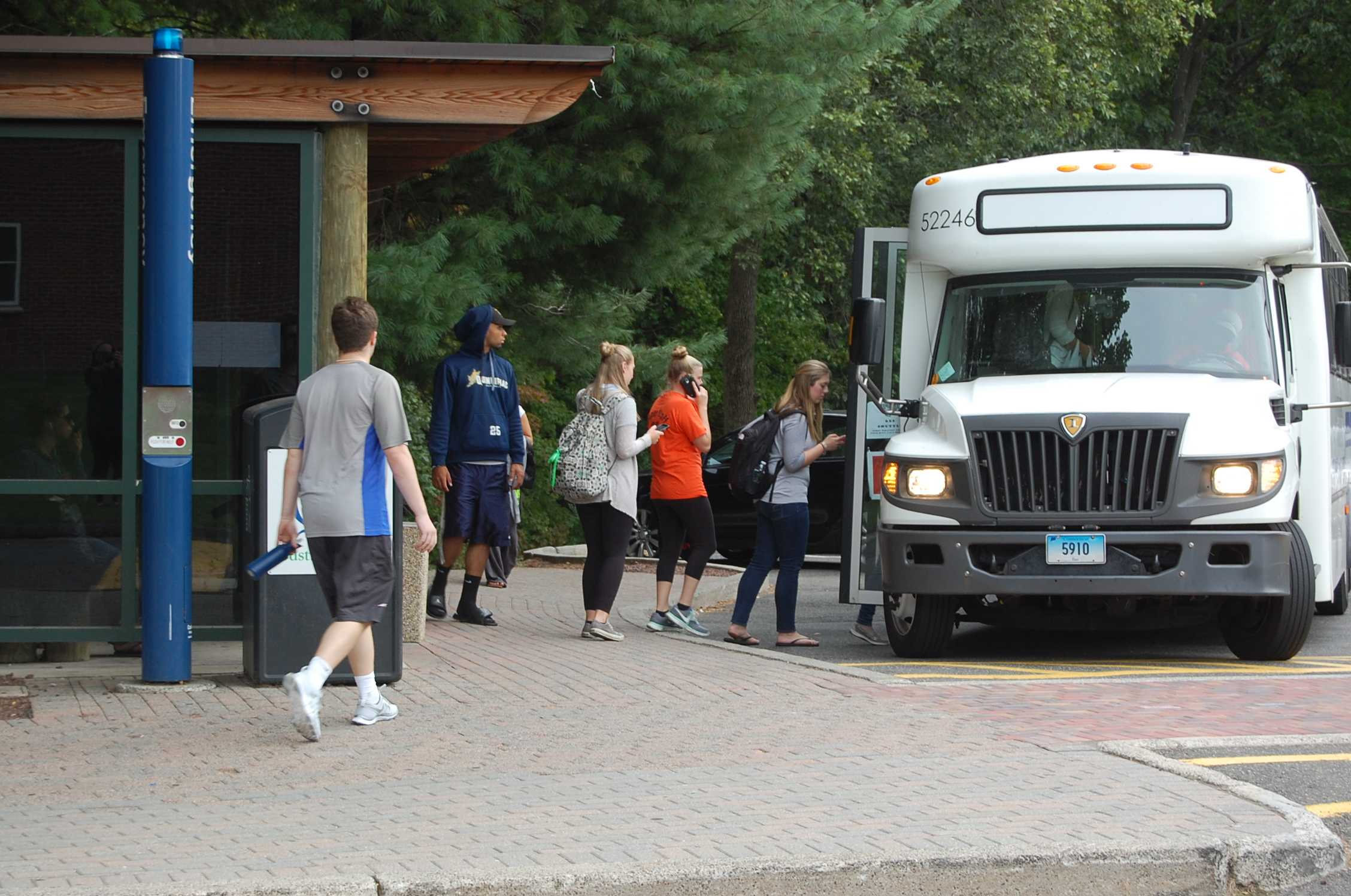 University adds shuttle to North Haven campus
