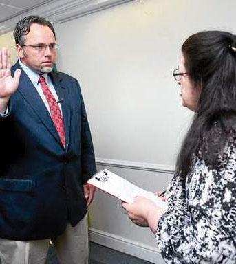 Mayor addresses Hamden-QU problems
