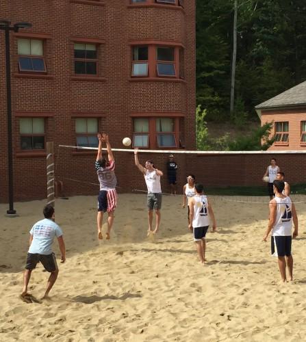 Pi Kappa Phi and Phi Sigma Sigma volley for philanthropy