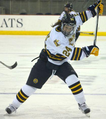 Women's ice hockey trounces rival Yale