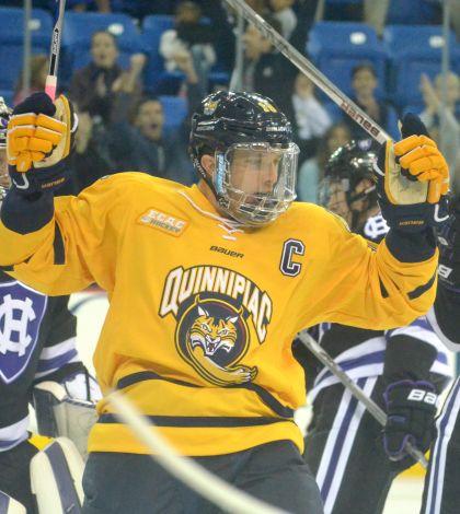 Freshman Thomas Aldworth leads men's ice hockey past Holy Cross