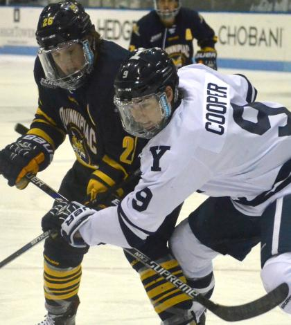 Men's ice hockey blanks Yale 3-0