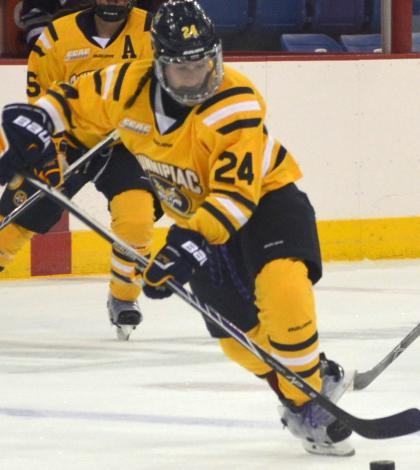 Women's ice hockey preps for Dartmouth