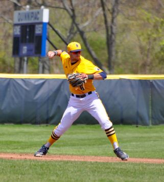 Quinnipiac baseball drops two games against Monmouth on Saturday