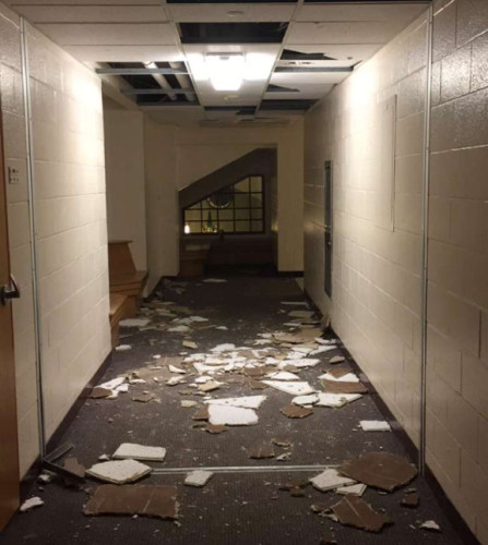 Ceiling+tiles+were+punched+out+in+Commons+on+Saturday%2C+April+30