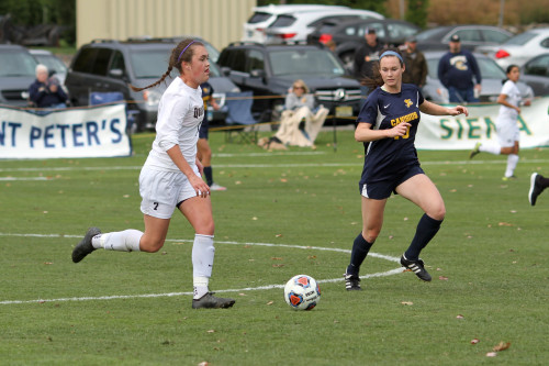 Women's soccer defeats Canisius in MAAC Quarterfinals
