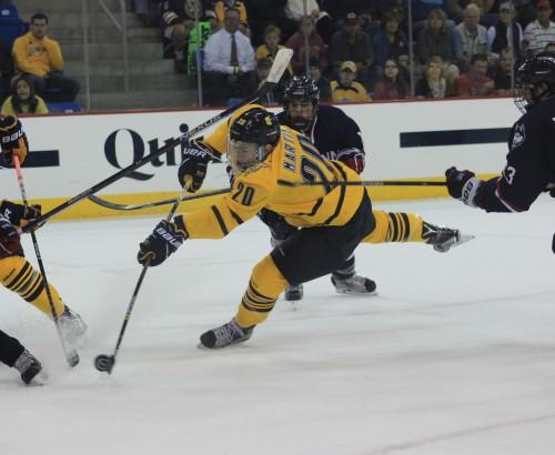 Men's ice hockey dominates UConn 5-2