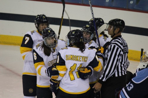 Women's ice hockey shuts out Maine
