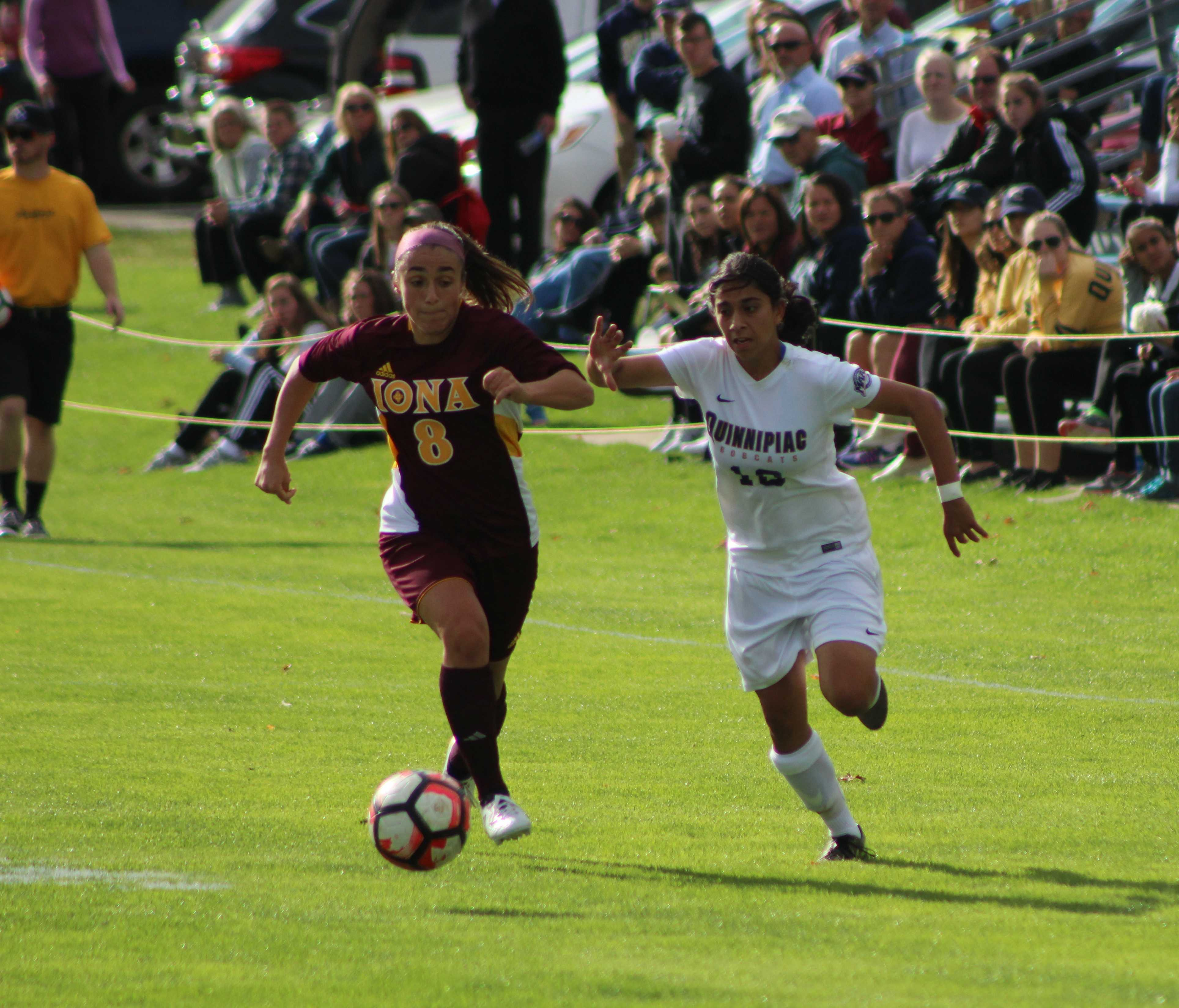 Women's soccer claims fifth-straight win
