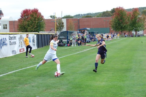 Women%E2%80%99s+soccer+celebrates+senior+day+with+3-0+win+over+Canisius