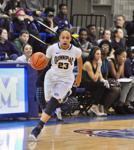 Women's basketball starts season off with win over Florida Gulf Coast