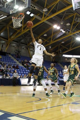 Women's basketball stifles Siena, forces 34 turnovers