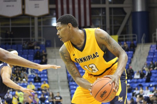 Men's basketball falls to Brown in non-conference finale