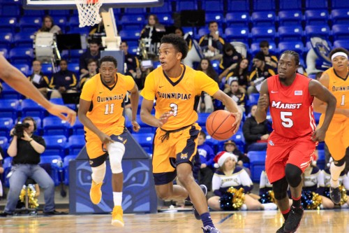 Men's basketball beats Marist for first MAAC win