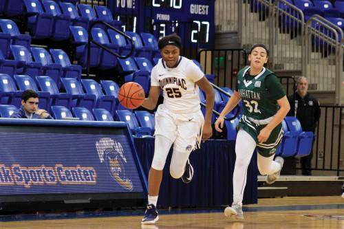 Women's basketball cruising through conference schedule