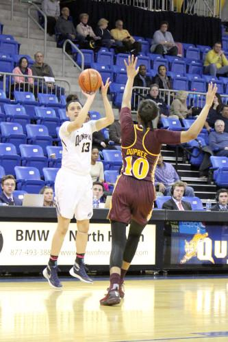 Women's basketball defeats Iona in MAAC Championship rematch