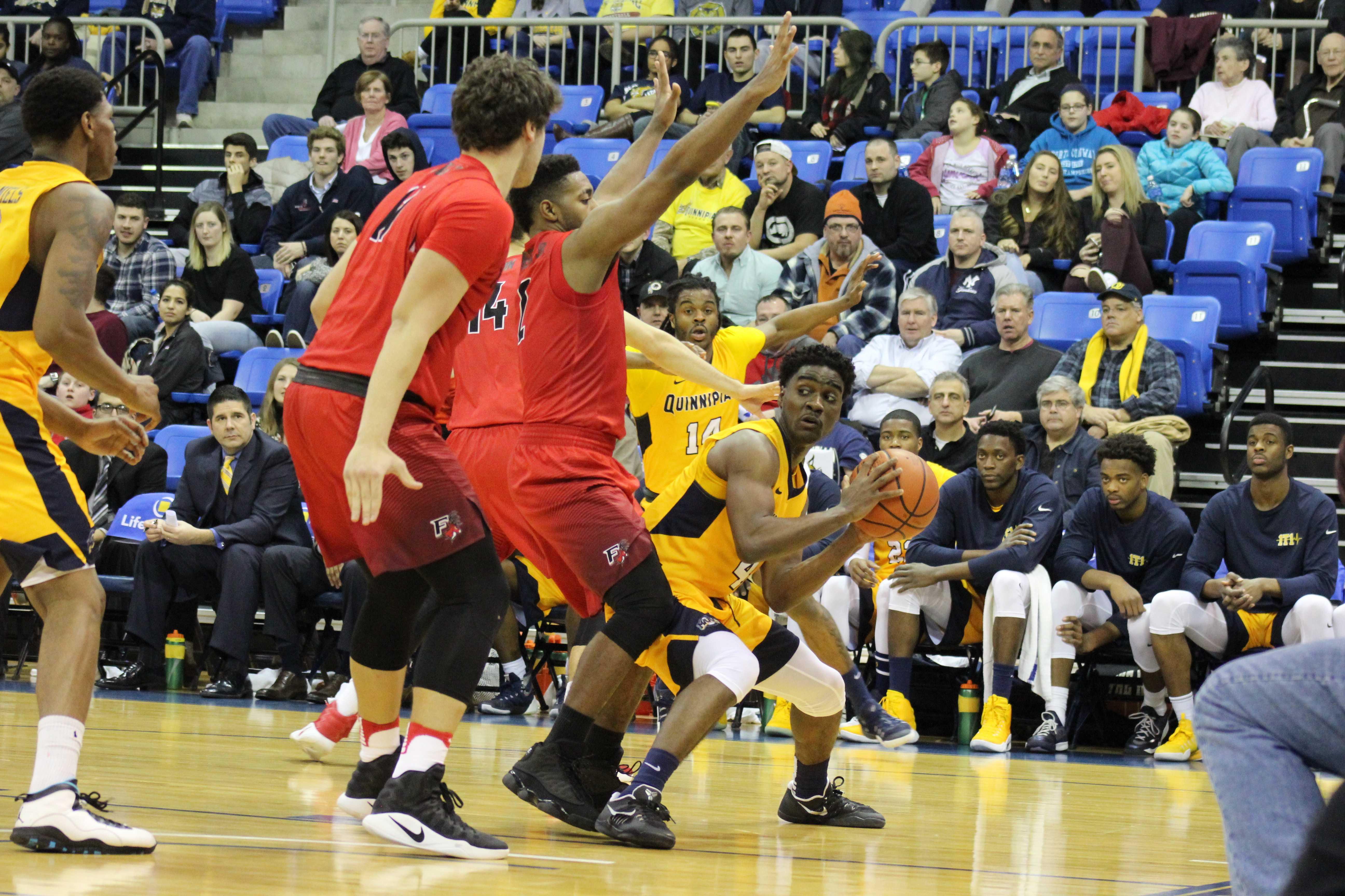Men's basketball loses overtime heart-breaker to Fairfield