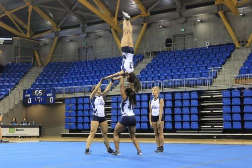 No. 3 Quinnipiac acrobatics and tumbling falls to No. 2 Oregon