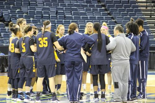 Quinnipiac women's basketball takes on South Carolina in Sweet 16