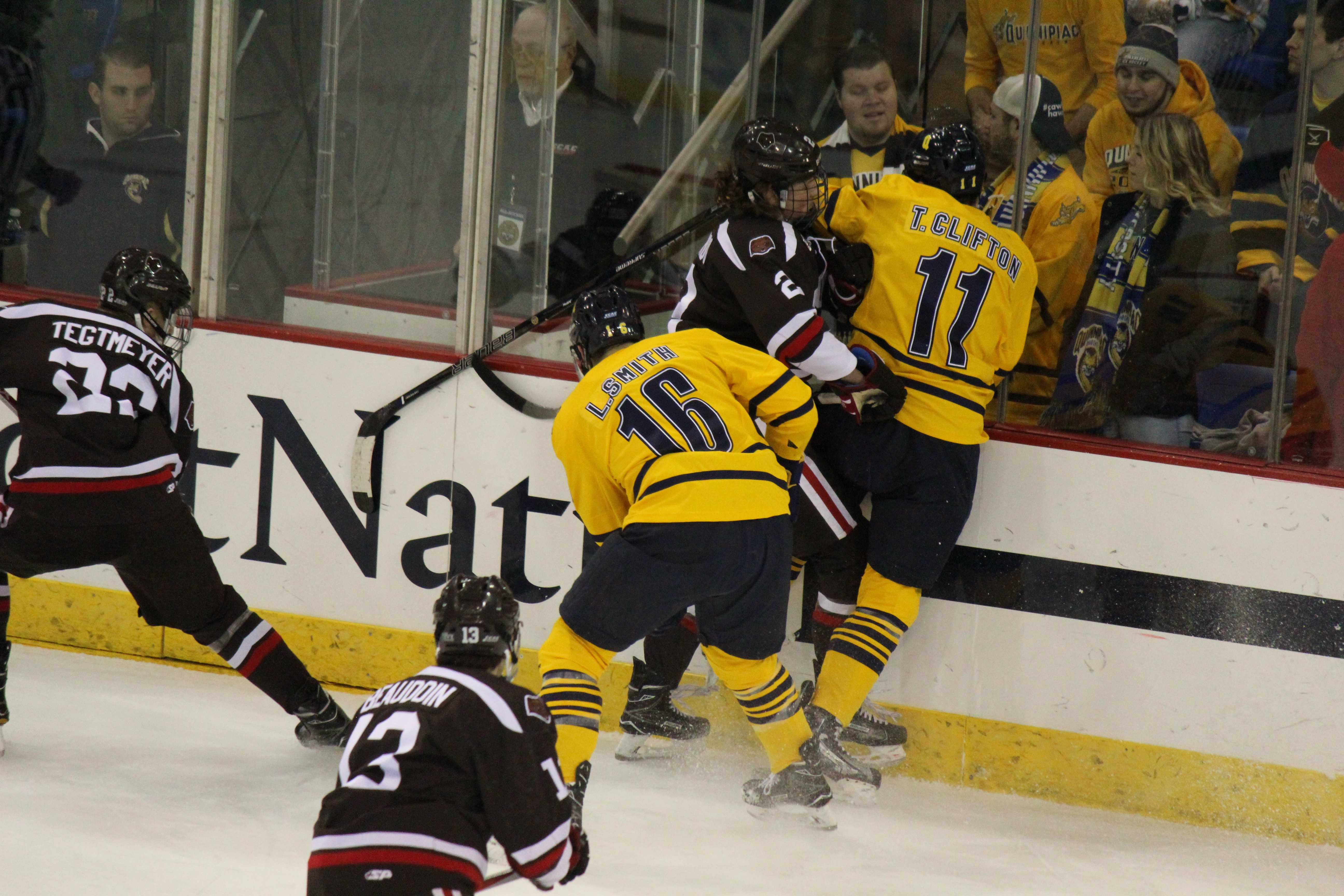 Men's ice hockey team routs Brown in first game of playoffs