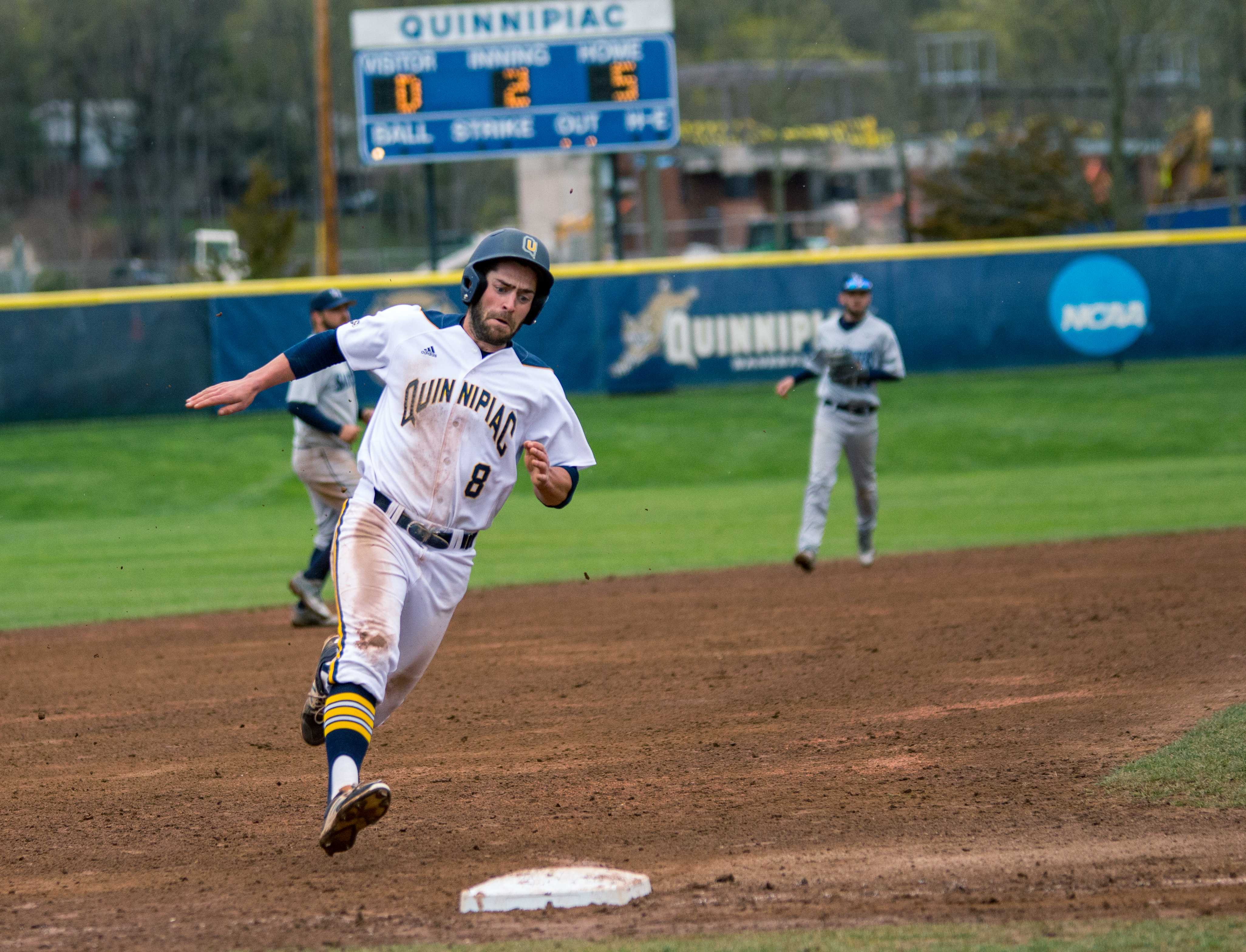 Baseball cruises to 13-1 victory over Saint Peter's