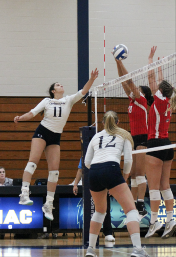 Quinnipiac volleyball loses its first game at home against Marist