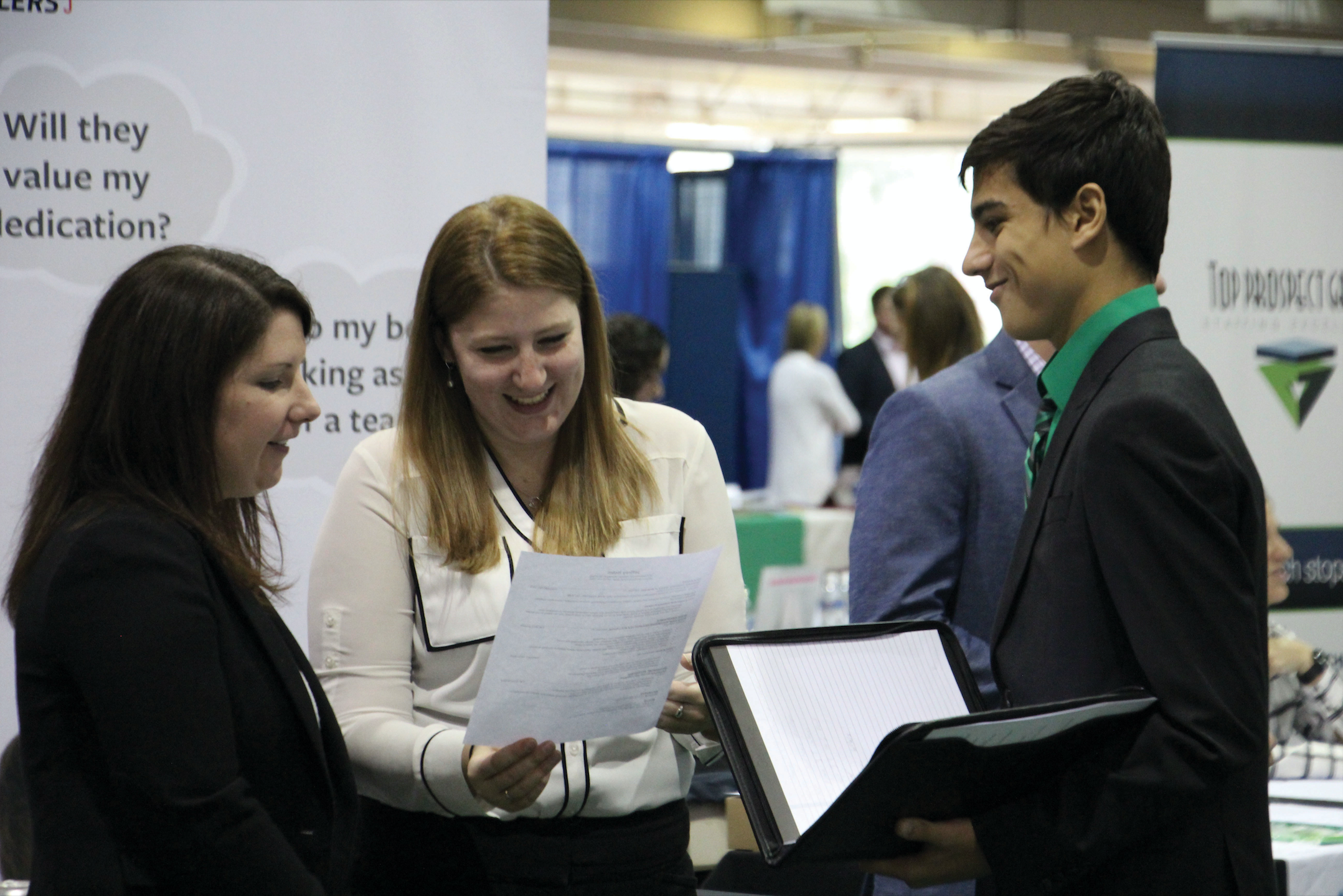 Career Fair sparks connections between students and employers