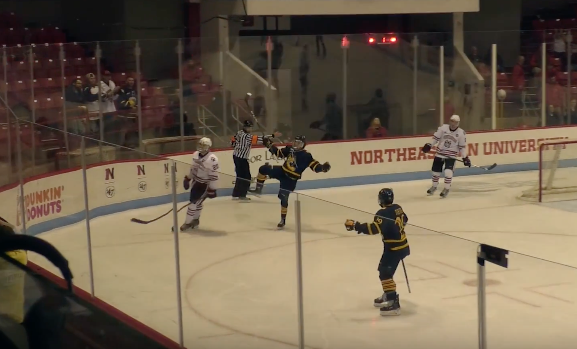 No. 18 Quinnipiac outlasts No. 14/16 Northeastern for 6-4 victory