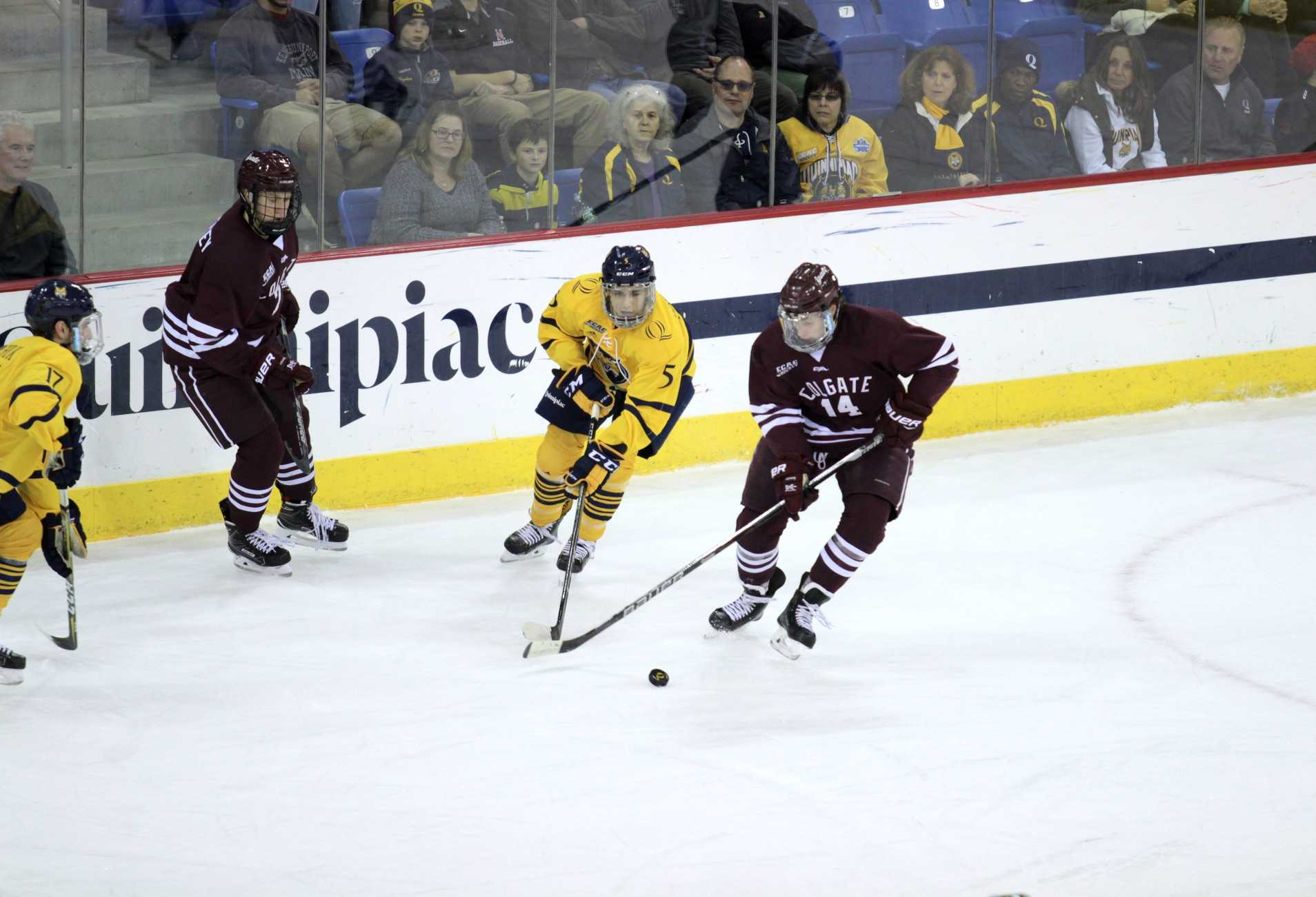 No. 11/13 Quinnipiac men's ice hockey defeated 4-1 by Colgate