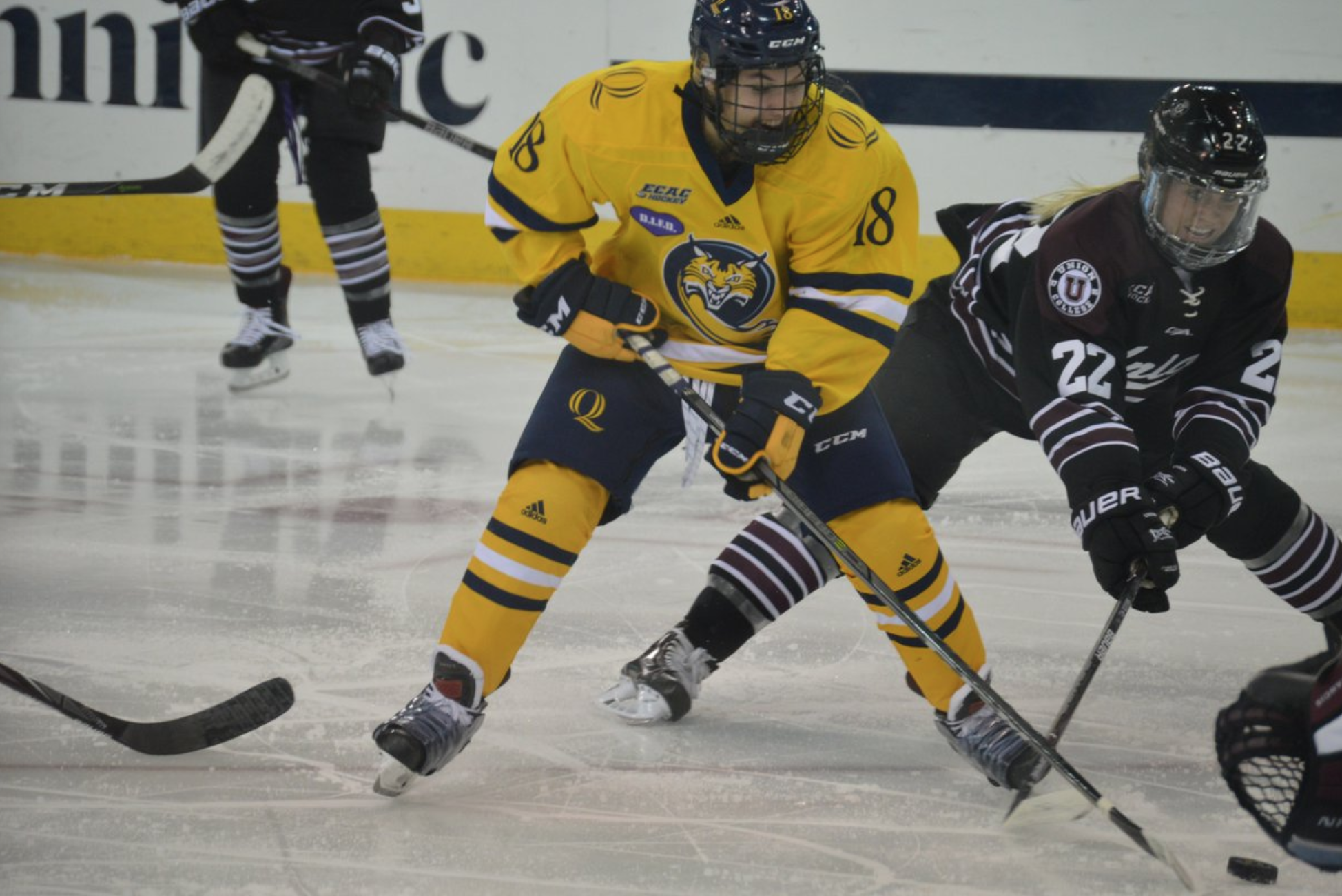Quinnipiac women's ice hockey beats Union in overtime
