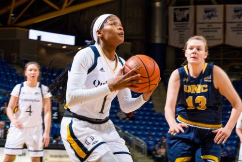 Quinnipiac+women%E2%80%99s+basketball+victorious+in+home-opener