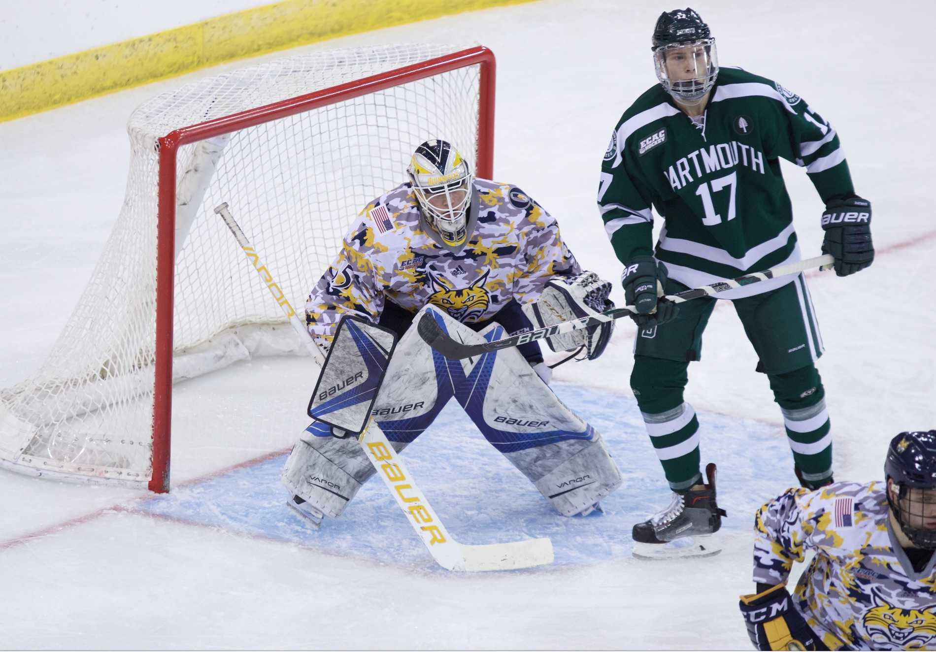 Quinnipiac men's ice hockey plays to a scoreless tie against Dartmouth