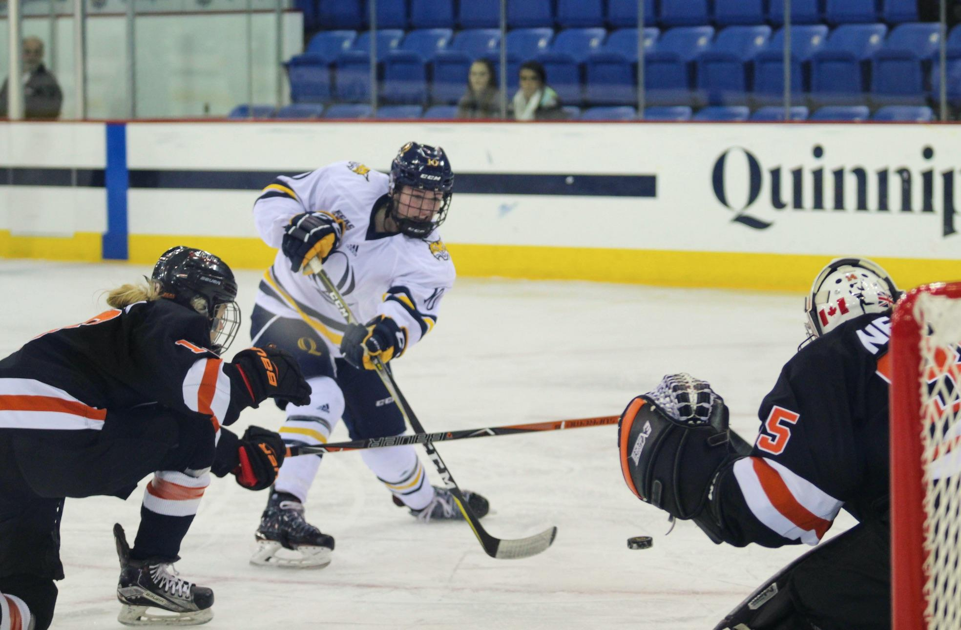 Quinnipiac women's ice hockey downs Princeton 3-1