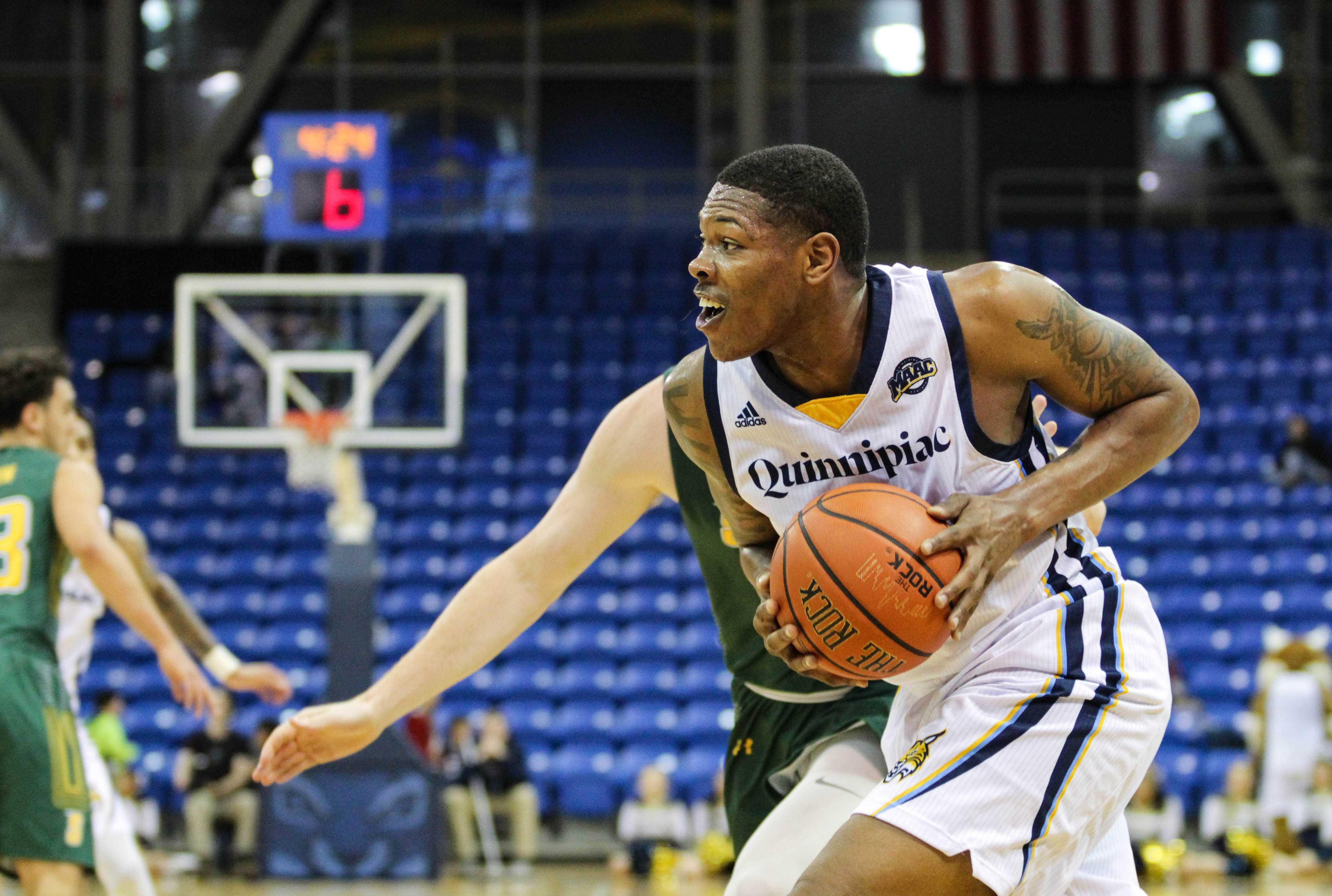 Quinnipiac men's basketball handles Siena in 76-69 win