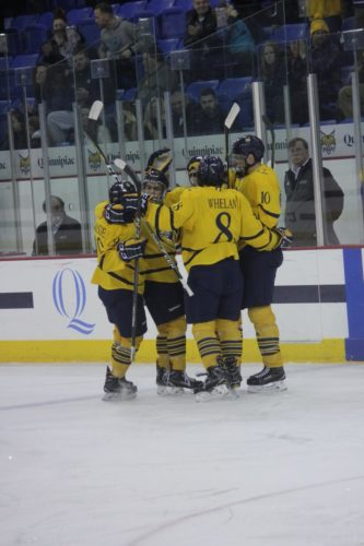 Men's ice hockey celebrates senior night with 4-1 win