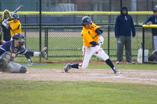 Quinnipiac baseball gets two walk off wins, sweeps weekend series with Monmouth